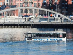 17--hafencity-riverbus