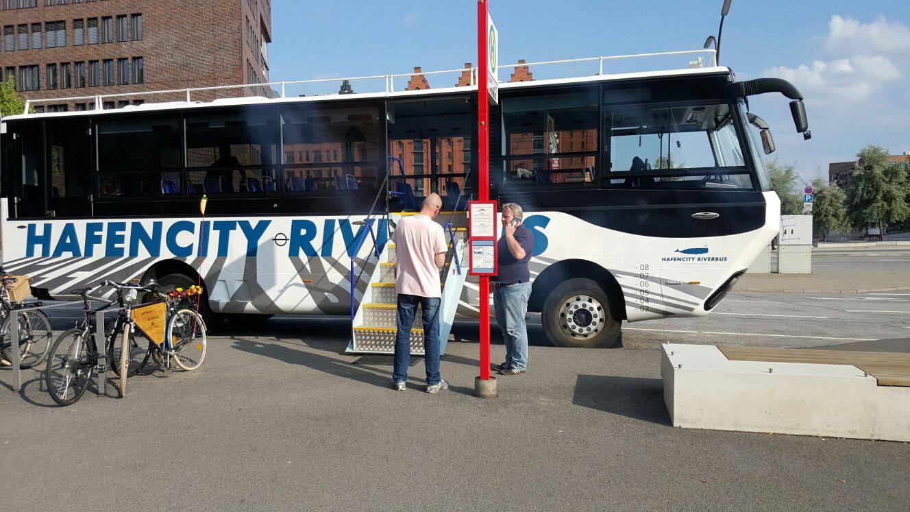 hafencity riverbus 5 crazy station. Black Bedroom Furniture Sets. Home Design Ideas